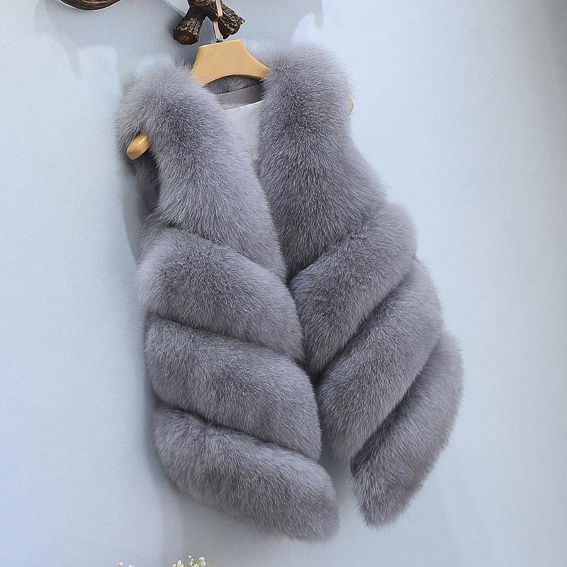Female Fur Waistcoat 2017 New Winter Warm Faux Fox Fur Vest Women High Grade Fashion O