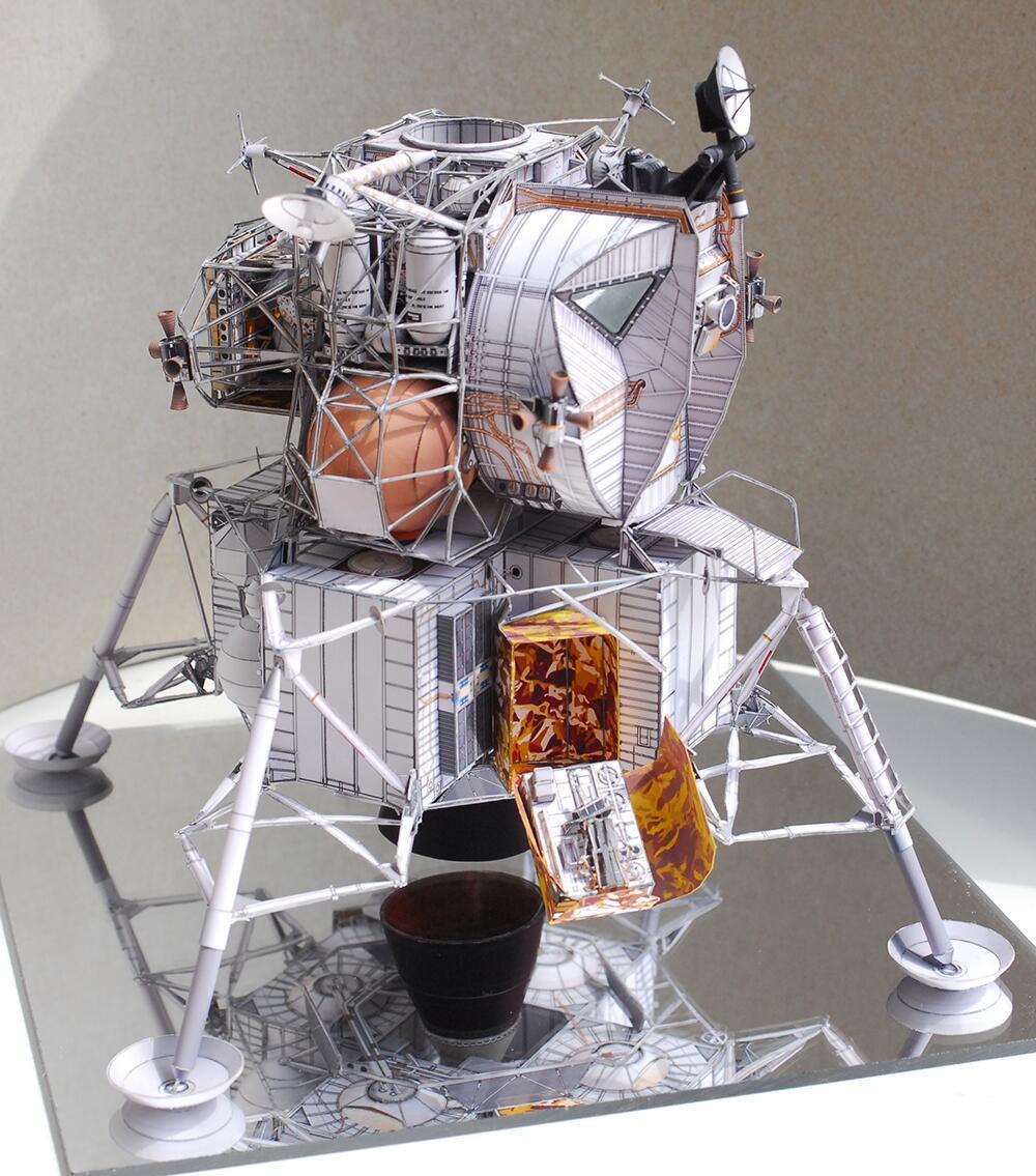 Apollo 11 Moonlight Cabin 3D Paper Model Manual DIY Fans Collection Gift Apollo Spaceship Moon Lunar Module Cabin Aviation Model