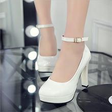 Женские туфли лодочки из флока на толстой платформе с пряжкой