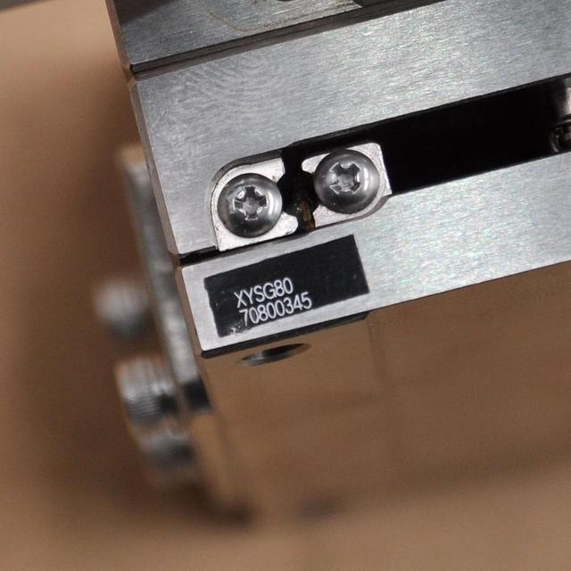 Plataforma móvil manual óptica XY axis Misumi XYSG80, guía lineal de bola de alta precisión, Riel de mesa deslizante de acero 80*80mm
