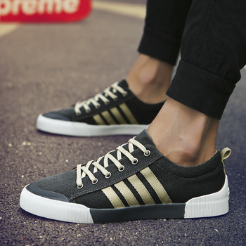 SHANTA męskie tenisówki 2019 moda Solid Color mężczyźni buty wulkanizowane sznurowane białe buty na co dzień mężczyźni Sneakers Tenis Masculino tanie i dobre opinie Płótno latex Szycia Stałe Dla dorosłych Cotton Fabric Wiosna jesień Canvas Shoes Lace-up Mieszkanie (≤1cm) Pasuje prawda na wymiar weź swój normalny rozmiar