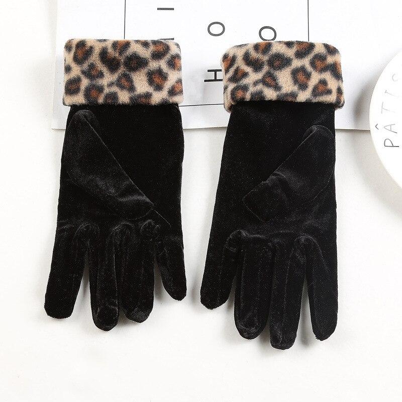 Women Driving Gloves Gold Velvet Leopard Gloves Women Sexy Etiquette Mittens Autumn Winter Warm Elastic Cycling Mittens D14