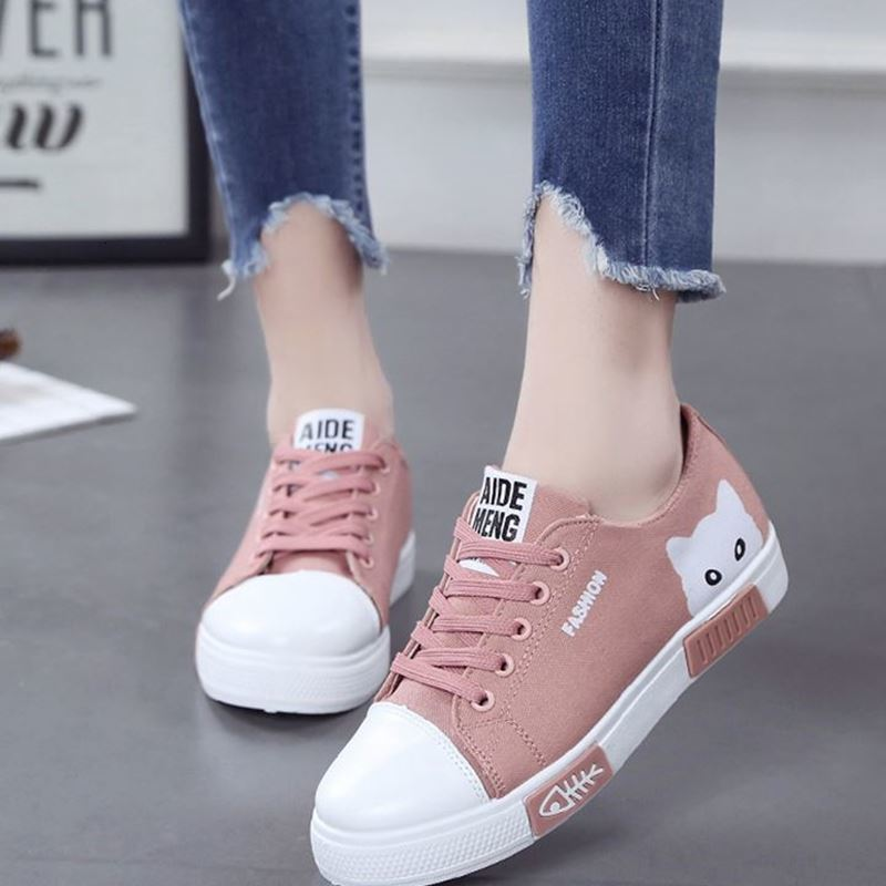 Women's Flat Cartoon Cloth Shoes New White Shoelaces Student Shoes Consultant Women's Shoes Slack Women's Basketball In Summer