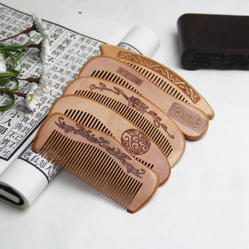 1Pc Peach Wood Comb Anti-static Close Teeth Comb Natural Head Massage Hairbrush Portable Hair Care Wooden Comb Hair Styling Tool