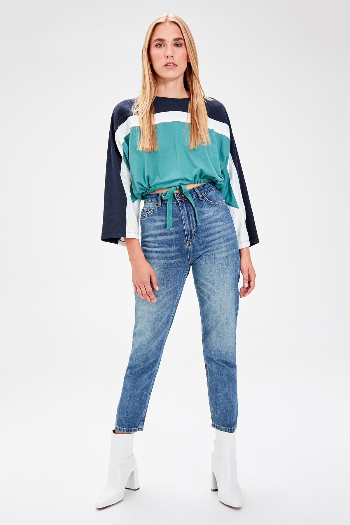 Trendyol Blue High Waist Mom Jeans TWOAW20JE0057