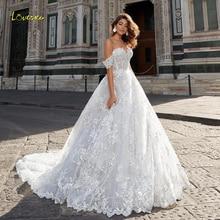 Loverxu מתוקה תחרת כדור שמלת חתונת שמלות 2019 אפליקציות כבוי כתף ללא משענת הכלה שמלת קפלת רכבת שמלות כלה