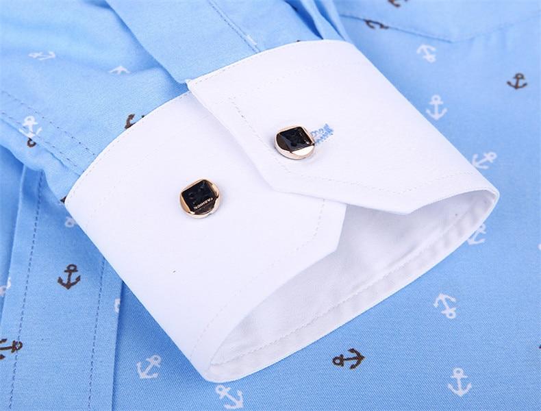 camisa azul clara céu