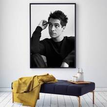 Posters and Prints Brendon Urie Panic at the Disco Poster Decorative Canvas Painting Wall Art Picture for Living Room Home Decor