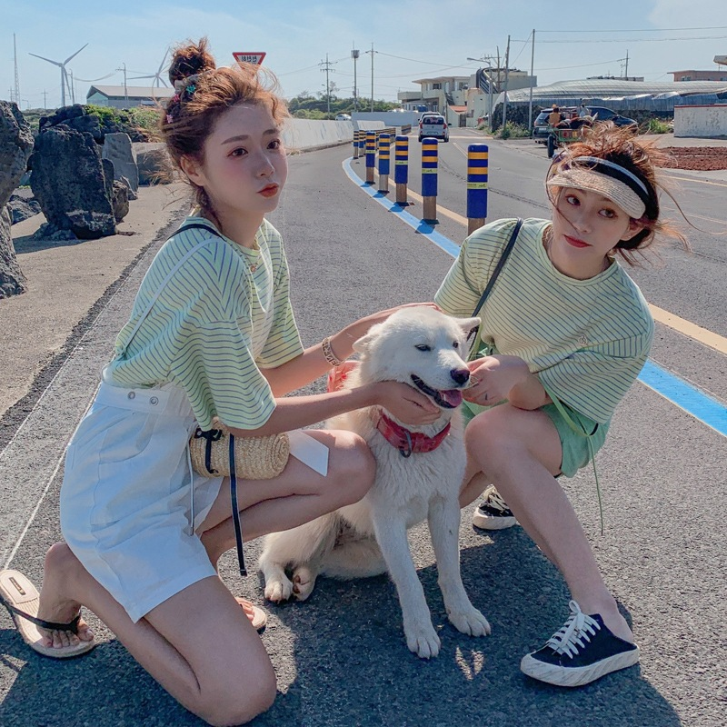 Photo Shoot CHIC Cool Girl Set Green Stripes Round Neckline T-shirt + By Age High-waisted Lace-up Wide-Leg Suspender Shorts