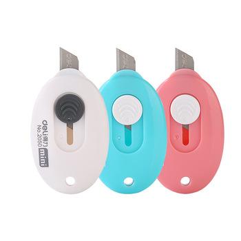 3 sztuk 5 sztuk Deli 2050 cukierki kolor mały uroczy mały wielofunkcyjny nóż artystyczny przenośny Mini nóż nożyk do listów tanie i dobre opinie CN (pochodzenie)