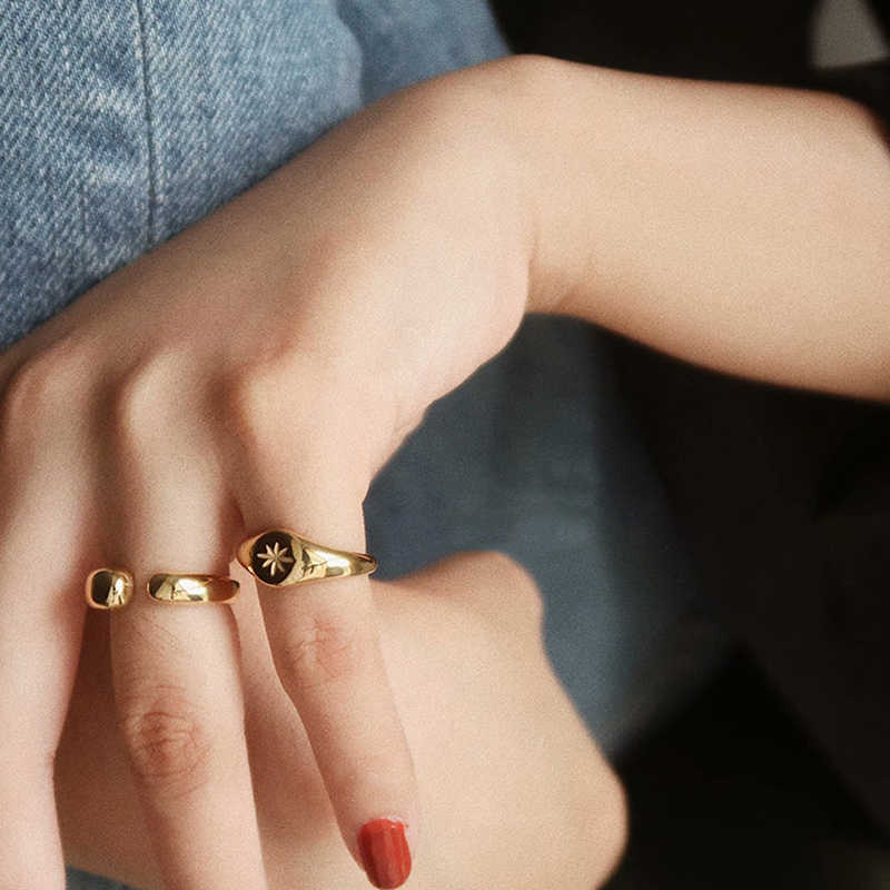 everyday jewelry- Star ring-statement ring-minimalist ring-stackable ring-gift for a friend-open band ring-dainty jewelry