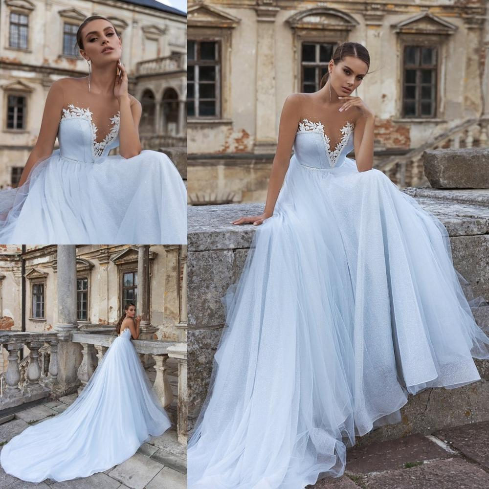 2020 Bohemian Wedding Dresses Lace Appliques Jewel Sleeveless Bridal Gowns Sexy Backless Sweep Train A Line Wedding Dress