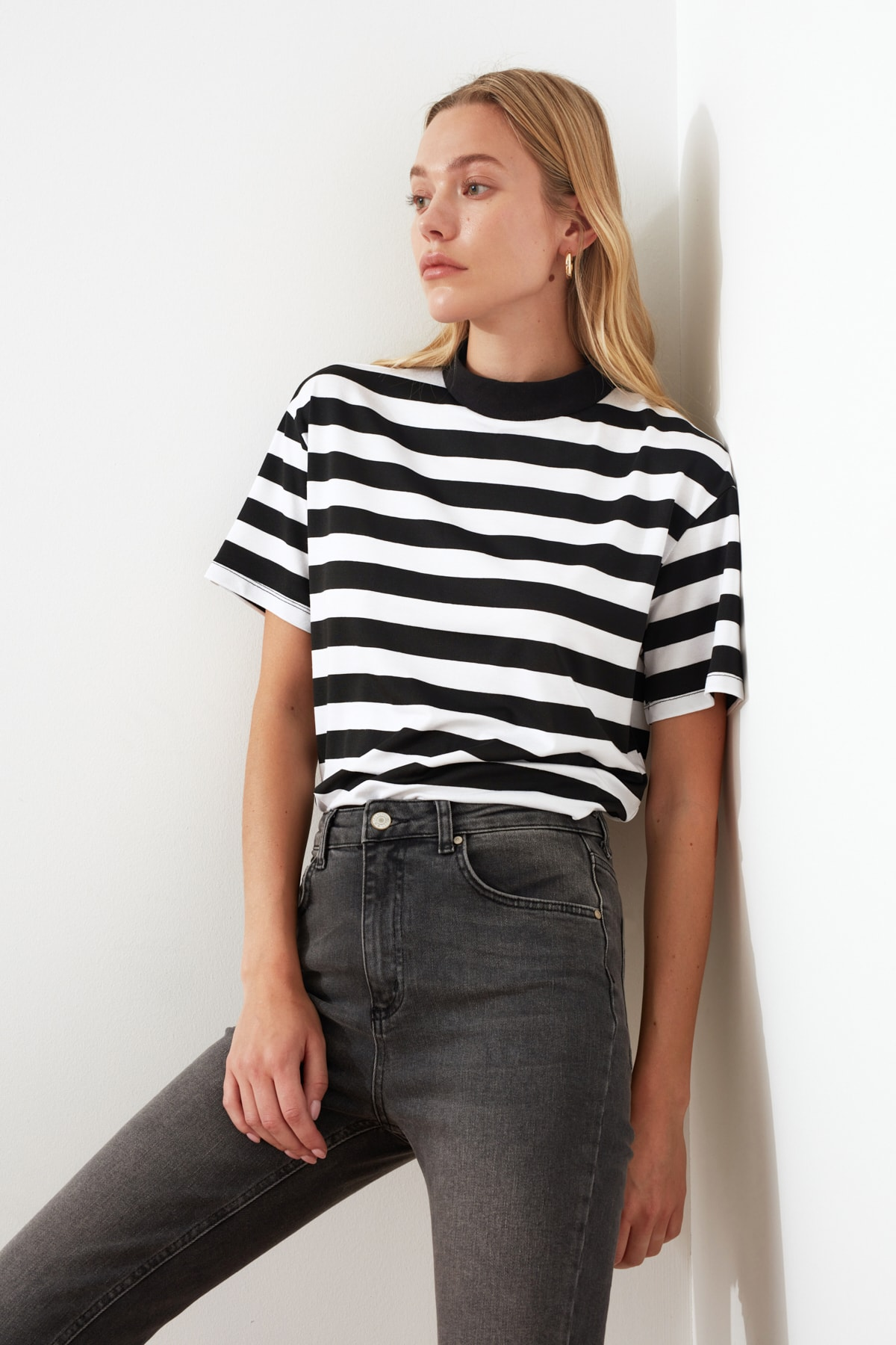 Trendyol Striped Basic Sheer Neckline Knitted T-Shirt TWOSS21TS1204