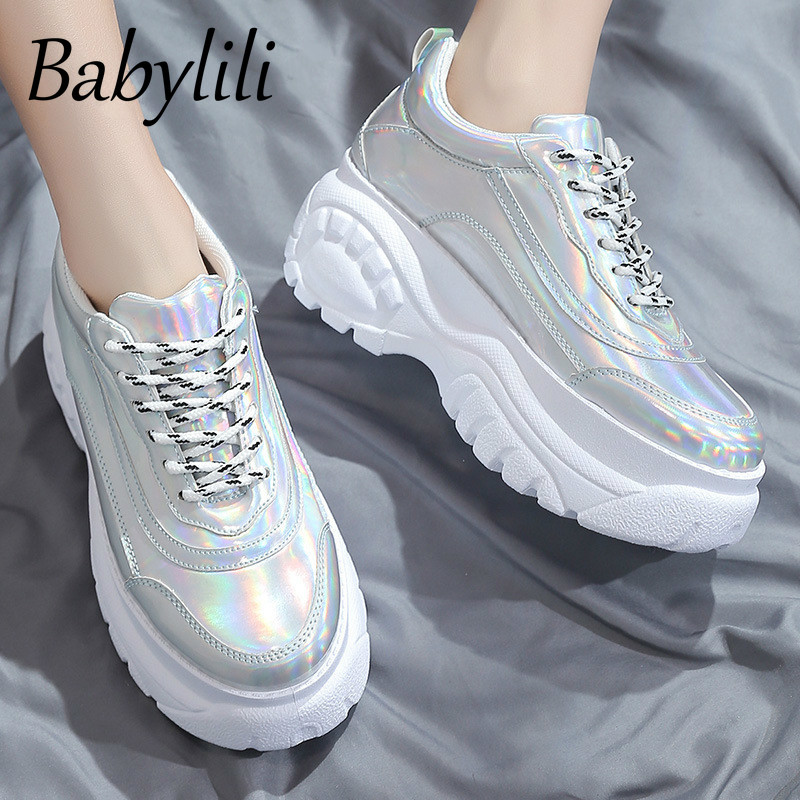 2020 Women's Sports Shoes Spring New Laser Casual White Shoes Breathable Comfortable Running Shoes Reflective Classic Fashion