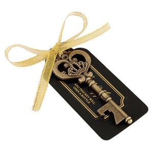 Image 4 - 36/50 stücke Schlüssel Flasche Opener mit Tags Braut Hochzeit Wein Ring Keychain Party Favor Braut Dusche Bevorzugungen Hochzeit Geschenke für gäste