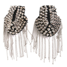 1 pair of punk skirt silver rivet tassel necklace epaulet shoulder flap badge цена 2017