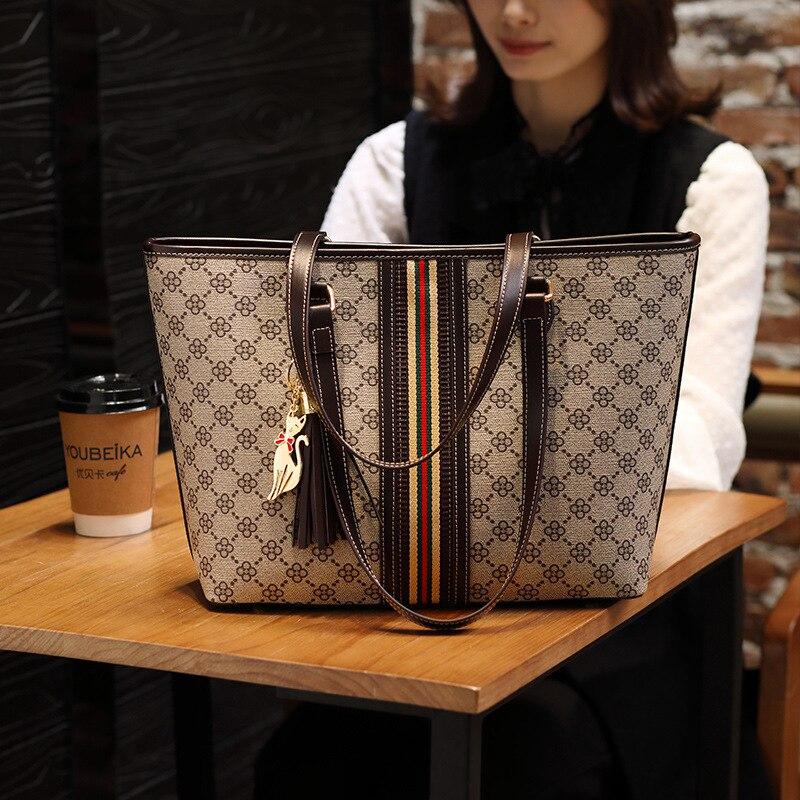 Marke Designer Frauen Einzelnen Schulter Tasche Große Kapazität Quaste Eimer Handtasche Hohe Qualität Pvc Leder Totes Einkaufstasche Blume