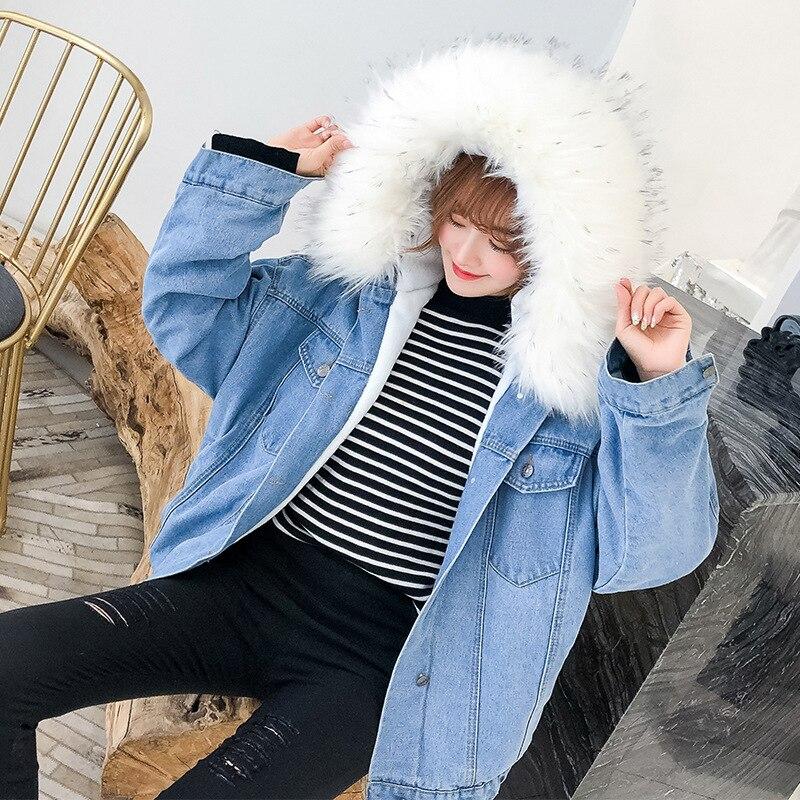 Women's Denim Jacket With Fur Winter Hooded Coat Female Faux Fur Collar 2019 Padded Warm Jackets Women Fur Parka Winter Denim
