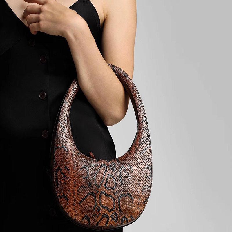 Oval Egg-shaped Handbag Women 2019 Winter New Korean Designer Snake Skin Pattern Personality Handbag Female Solid Shoulder Bag