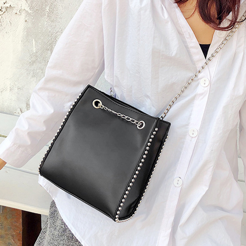 Casual Rivet Chains Totes Bag Women Crossbody Bags Simple Large Capacity Shoulder Messenger Bag Ladies PU Matte Bags For Women