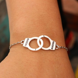 Couple Unique Punk Fashion Handcuffs Necklace Bracelet Popular Creative Handcuffs Bracelet For Lovers Jewelry Chain Gifts 2020