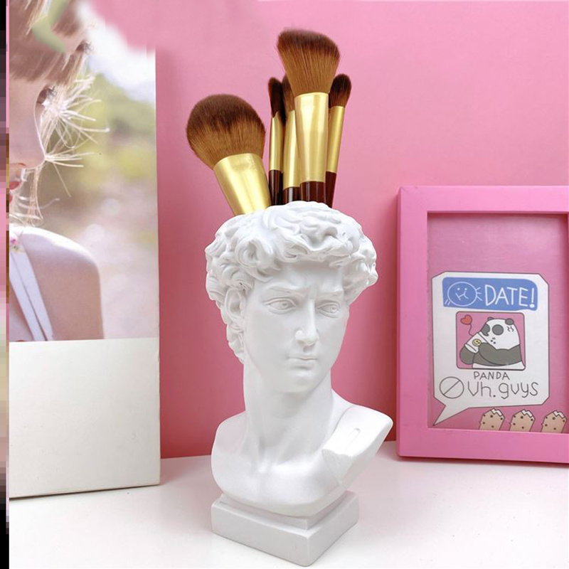 Statue of Michelangelo's David free shipping