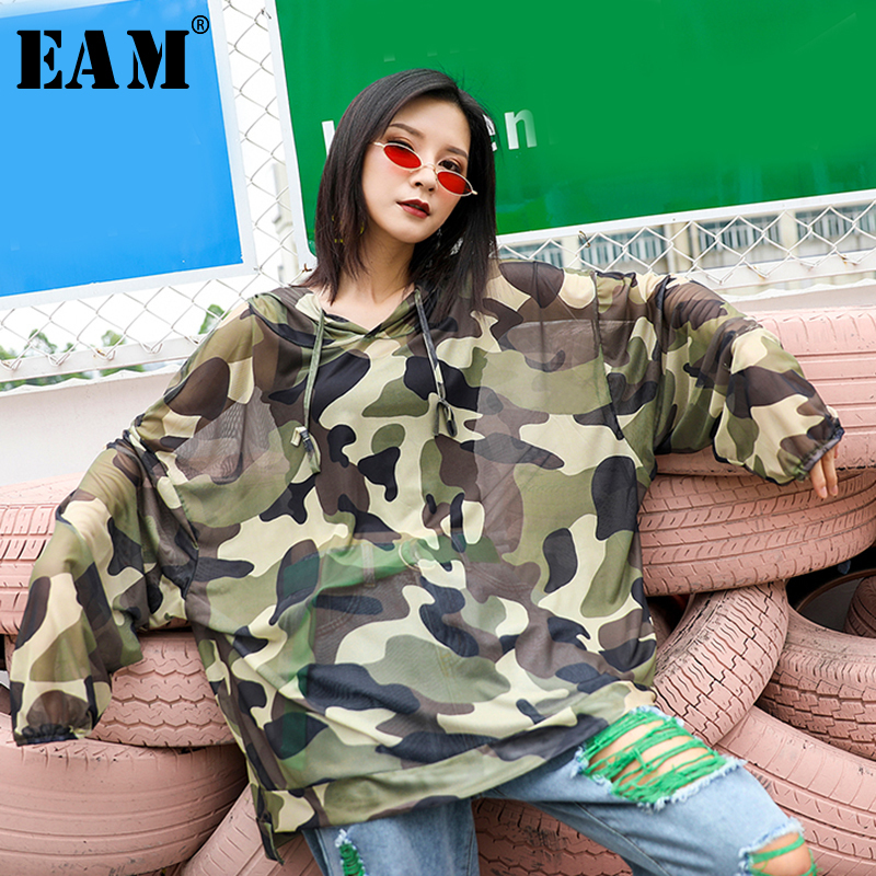 [EAM] Women Camouflage Print Perspective Big Size Thin T-shirt New Hooded Long Sleeve  Fashion Tide  Spring Autumn 2020 1S062