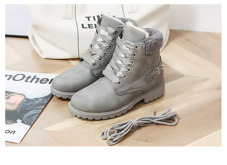 Size 43 women winter boots 2019 New Arrival Fashion Suede Women Snow Boots Metal rivet Warm Plush Women's Ankle Boots Flat shoes 42
