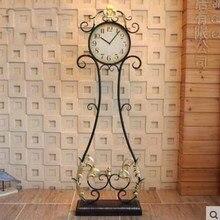 Reloj de piso Retro de gran tamaño, relojes de Metal Vintage para sala de estar, reloj redondo de hierro de Color antiguo grande para decoración de dormitorio