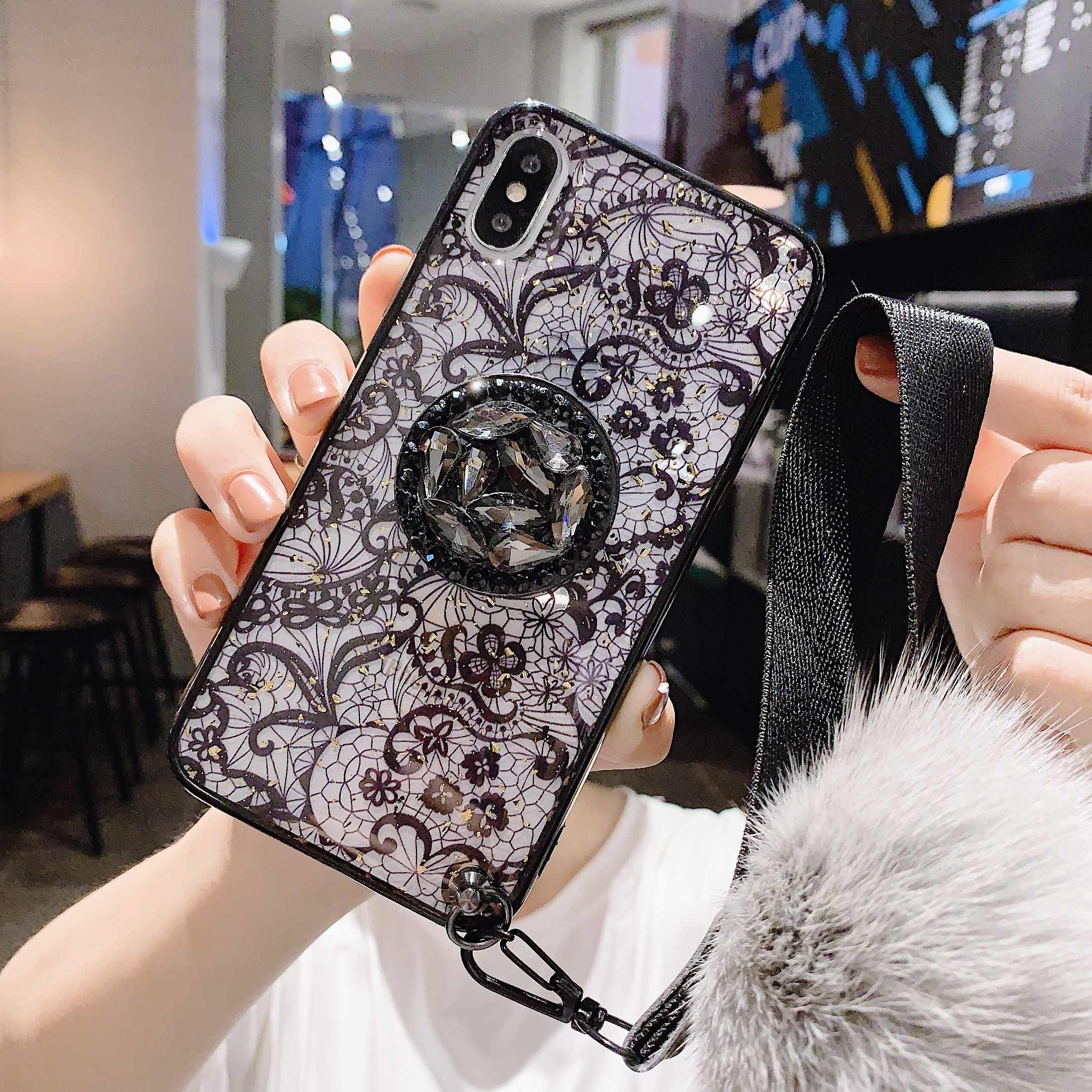 11ProMAX del Supporto del basamento morbida palla di pelo di copertura Del Merletto della cinghia Per il iPhone 11 Pro MAX 6 6sPlus 8 Più 7 più XSMAX XR XS Molle di TPU cassa Del Telefono