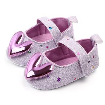 Sepatu Bayi Walkers Model Hati 2