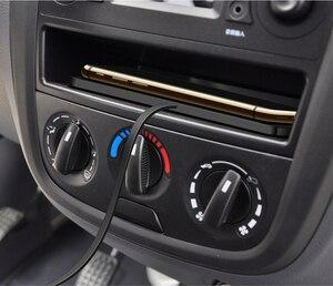 Image 5 - QI auto draadloze oplader Pad Voor iPhone XR XS snel Opladen Dock Station Dashboard Houder Voor samsung iphone 8 11 pro xiaomi