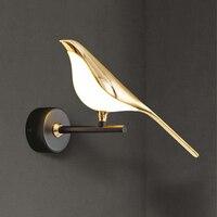 Lampada da parete a led postmoderna per uccelli placcatura nordica camera da letto in acrilico dorato comodino applique corridoio corridoio scala lampada da parete