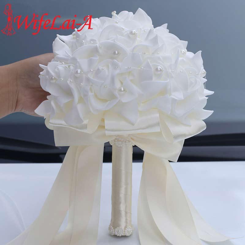 WifeLai-A Cheapest PE Rose Bridesmaid Wedding Foam Flowers Rose Bridal Bouquets Pearls Beaded Wedding Bouquet De Noiva W2017E
