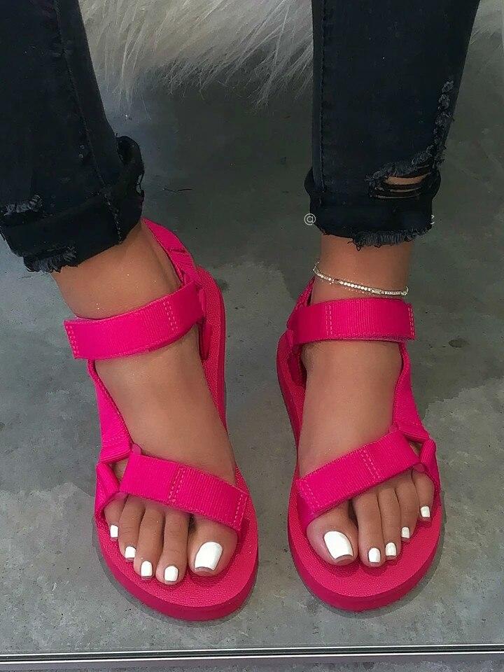 2020 New Women Ladies Outdoor Yellow Beach Slippers  Spring Summer Red Soft-slip Non-slip Sandals Foam Sole Durable Sandals