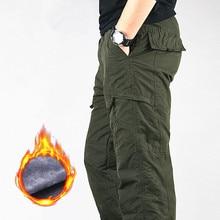 Зимние брюки карго мужские толстые флисовые хлопковые тактические брюки мужские повседневные военные мешковатые джоггеры спортивные штаны теплые брюки размера плюс