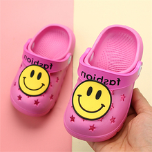 Kids Garden Cross Shoes Smiley Pattern Summer Hole Beach Shoes For Children Boys Girls Comfortable EVA Slipper Sandals Baby Shoe