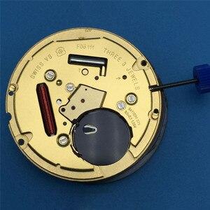 Image 3 - חדש שוויצרי עבור ETA F06.111 שעון קוורץ תנועת תאריך באופן 3 תאריך באופן 6 שעון תיקון חלקי עם סוללה והתאמת גזע
