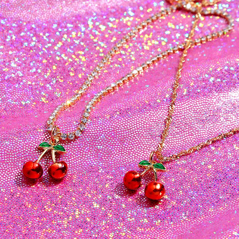 Caraquet Bohemian Gold Color Enamel Cherry Pendant Necklace Rhinestone Chain Choker Necklace for Women Fashion Jewelry Gift
