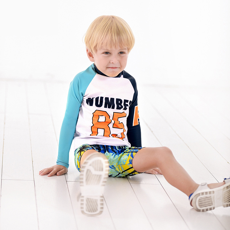2019 Europe And America New Style Hot Sales KID'S Swimwear Long Sleeve Sun-resistant Split Type Two-Piece Set Shorts Small CHILD