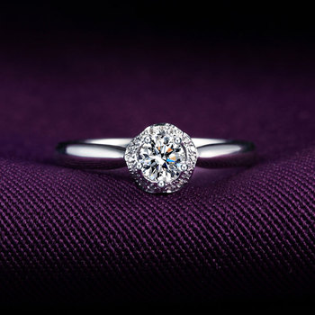 1 Karats 18k Gold And White Engagement Ring 1