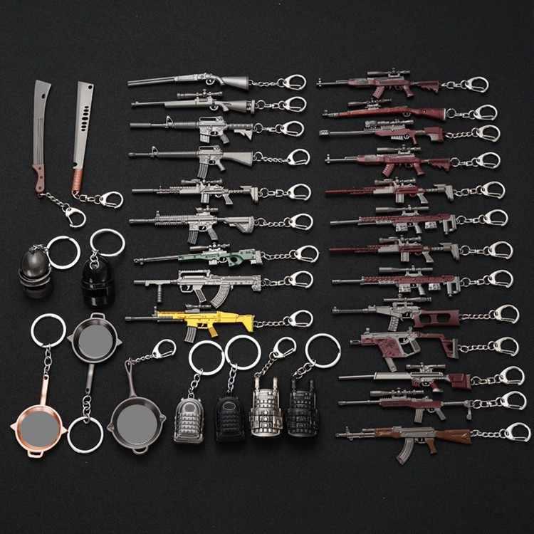 Neue PUBG Keychain Pan Helm 98K AWM M24 M416 Cosplay Requisiten Legierung Schlüssel Ring Rüstung Modell Gun Auto Schlüssel kette Ring Spiel Geschenk