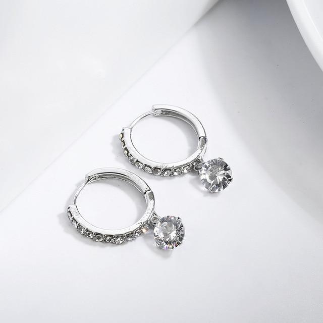 Металлические серьги золотые стразы маленькие кольца простые