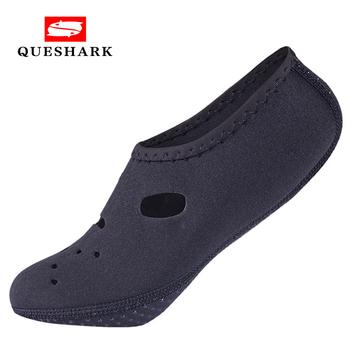 Neoprenowe buty do wody antypoślizgowe nurkowanie z rurką skarpetki do pływania buty do nurkowania płetwy kombinezon krótki plaża basen kąpielowy buty trekkingowe tanie i dobre opinie QUESHARK CN (pochodzenie) Pasuje większy niż zwykle proszę sprawdzić ten sklep jest dobór informacji Spring2019 Slip-on