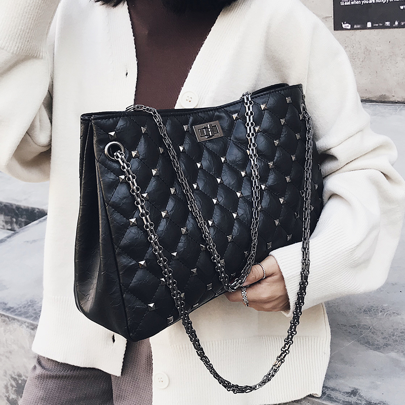 Large Capacity Women's Bag 2018 Rivet Shoulder Bags Big Totes Bag Female Chain Strap Totes Diamond Lattice Handbag Luis Vuiton