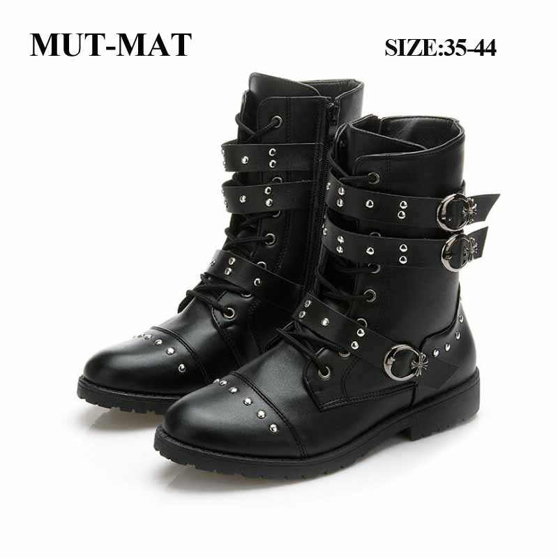 2019 Autumn Man And Women Martin Boots British Style Brock Carved Handsome Women Boots Rock Metal Buckle Motorcycle Male Shoes