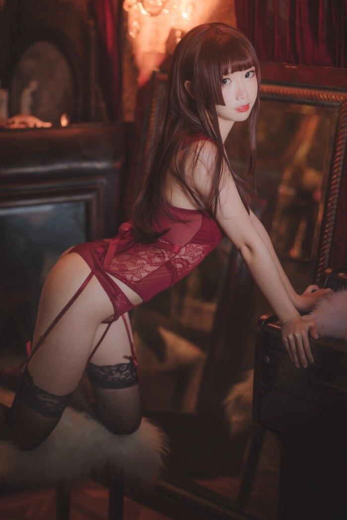 ★网红★面饼仙儿–脑内少女cos红色束衣[22P/211MB]插图(1)