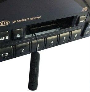 Image 5 - Новейшая модель; Беспроводной iTape CSR V4.0 + EDR Bluetooth адаптер кассеты работать во время зарядки стерео аудио приемник для автомобиля проигрыватель колоды