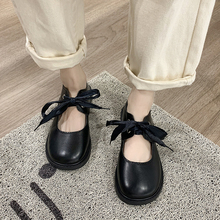 Lolita Shoes Lace Up Leather Shoes Woman Flats Patent Leather Girls Shoes Cross-tied Women Mary Janes Shoes  8372G