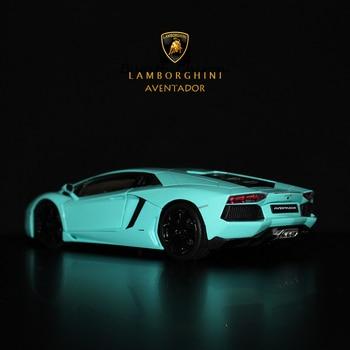 цена на WELLY 1:24 Lamborghini Aventador LP700 sports car simulation alloy car model crafts decoration collection toy tools gift